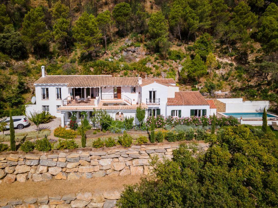 Country villa, finca with spectacular sea view, Casares