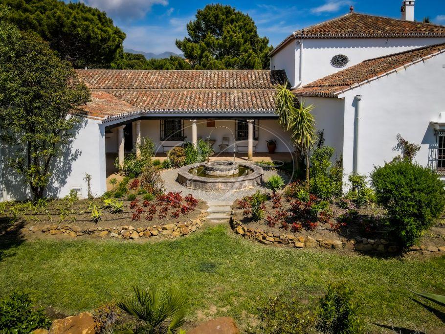 Luxury Cortijo with Sea views, Casares