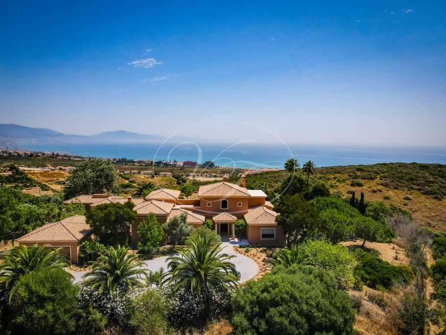 Stunning country villa with sea views, Manilva