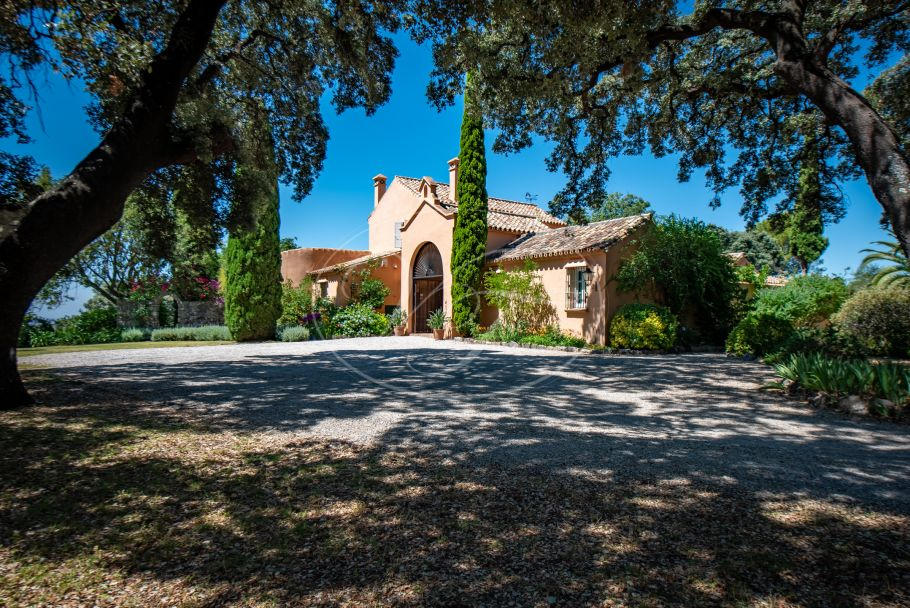 Charming country villa with breathtaking views, Gaucin