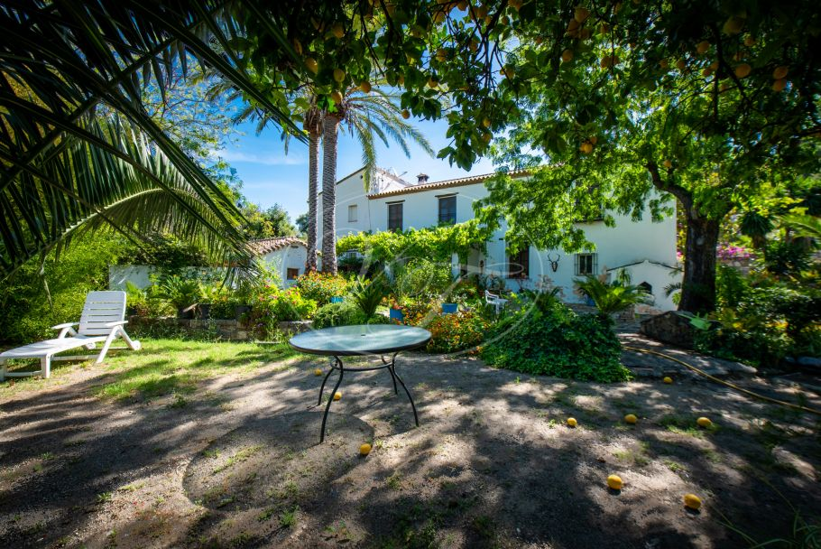Tranquil grand Country Estate, Farm, Casares