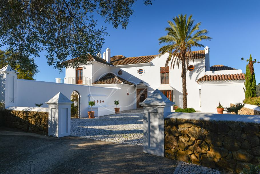 Andalusian Cortijo with super views, Gaucin