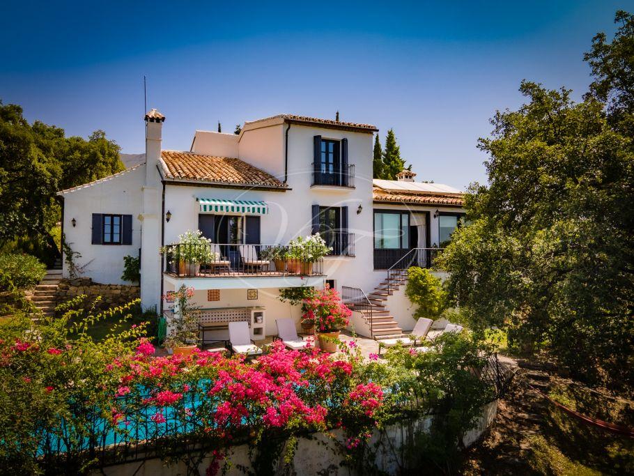 Country Villa with sea views , Casares