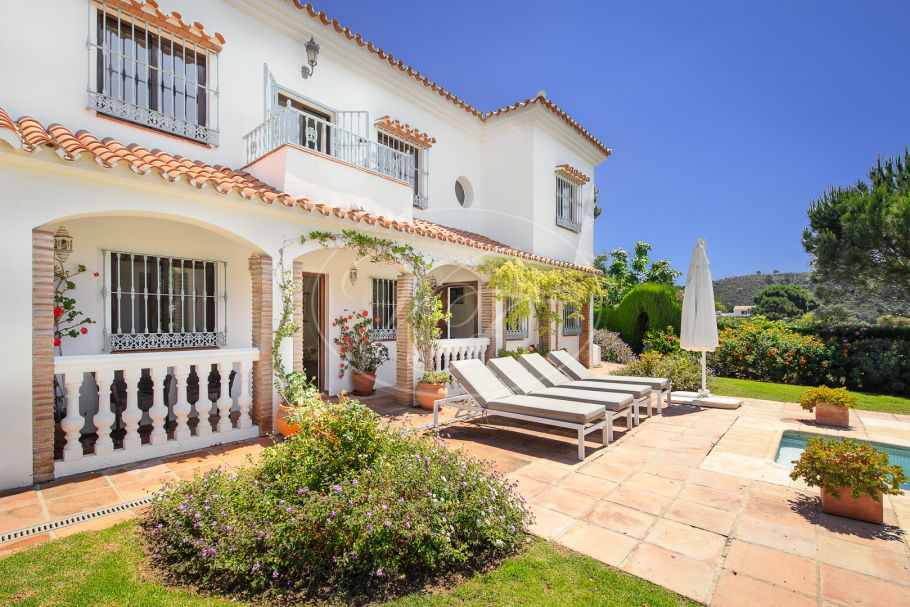 Lovely country villa in pure nature, Casares