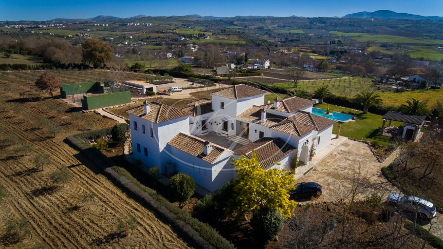 Fabulous Andalusian Cortijo with mountain views, Ronda