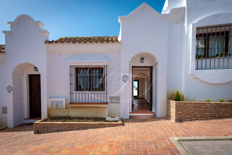 3 bedroom Townhouse with stunning views , Casares