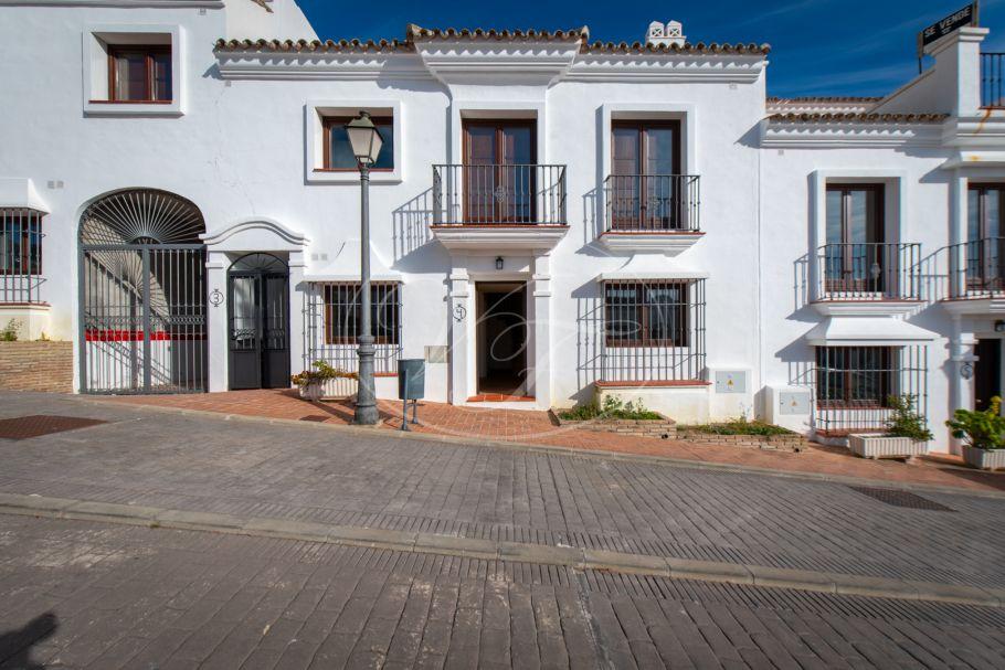 New build townhouse, Casares