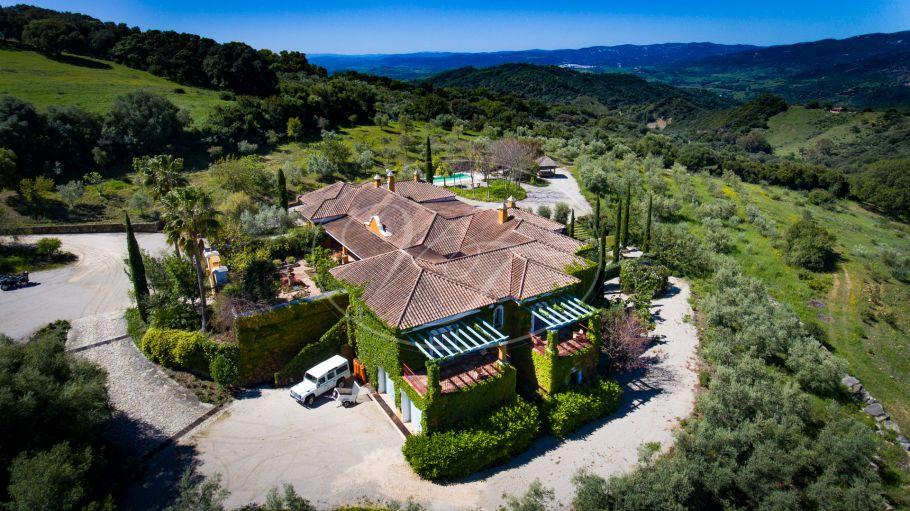Luxury Cortijo with Olive grove, Gaucin