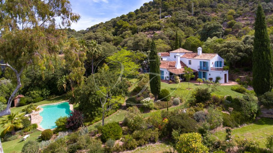 Classic Country Villa with beautiful garden, Gaucin