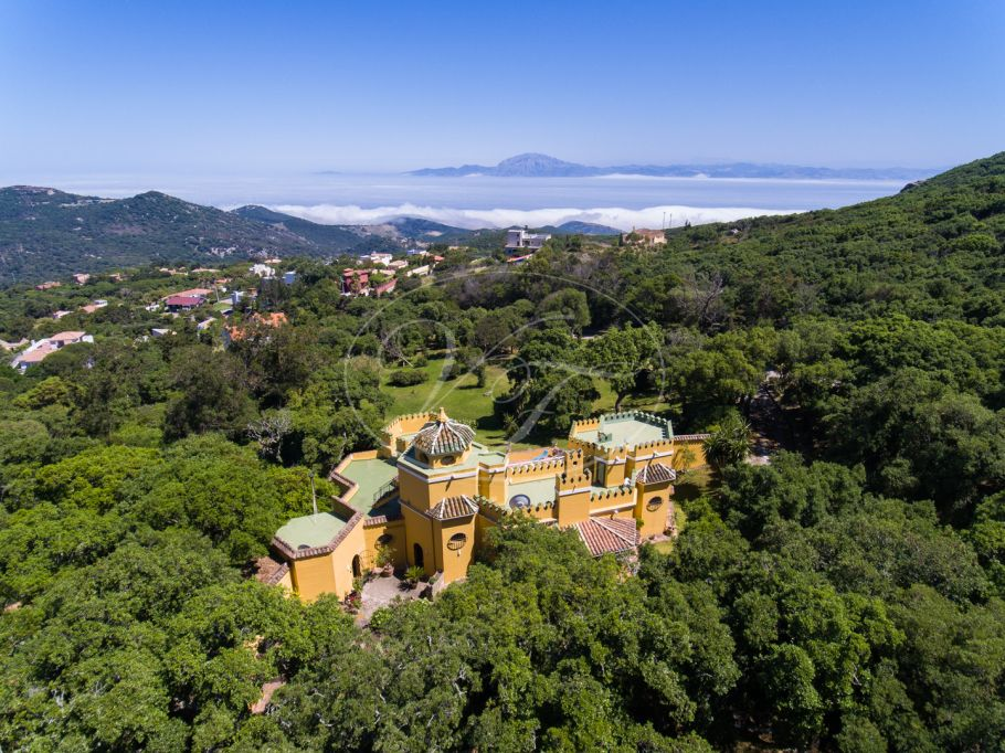 Moorish style villa with breathtaking views, Tarifa
