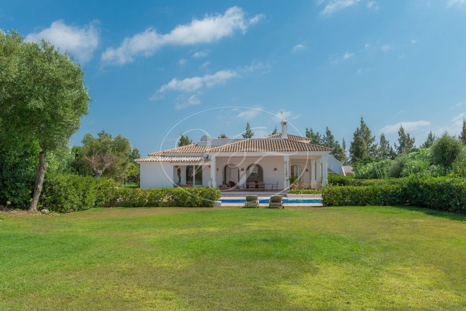 Golfside Andalusian style Villa , Benalup - Casas Viejas