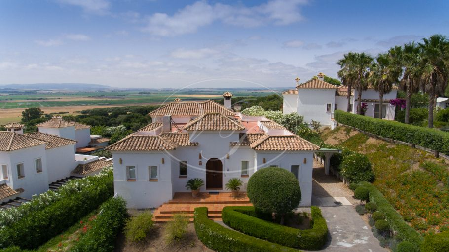 Beautiful luxury golf side villa in Costa de la Luz, Benalup - Casas Viejas