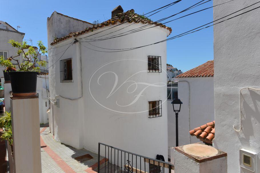 Bright authentic village house, Casares