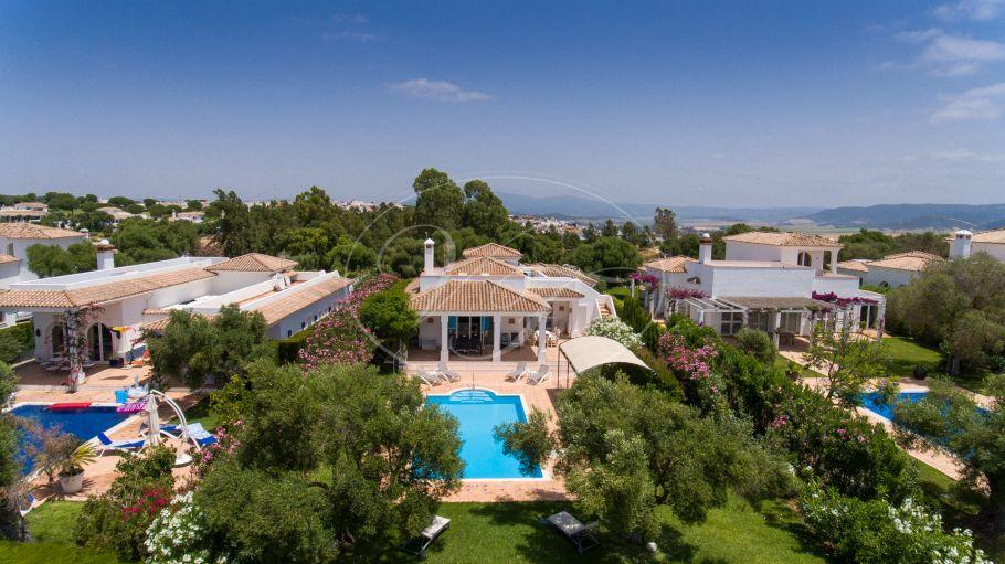 Charming golfside Villa, Benalup - Casas Viejas