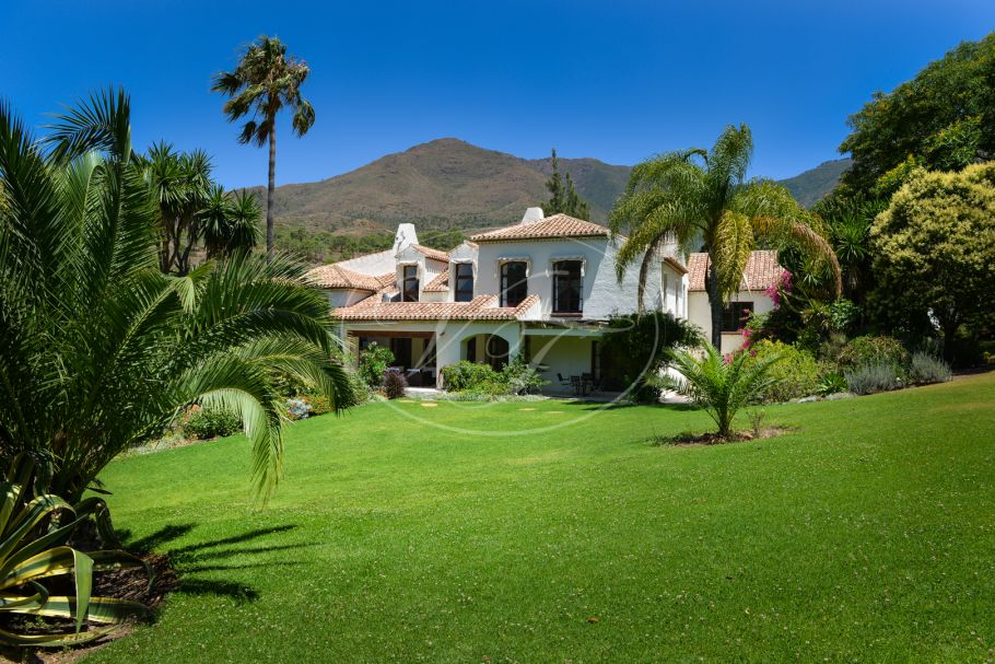 Stunning country villa in unique natural setting, Casares