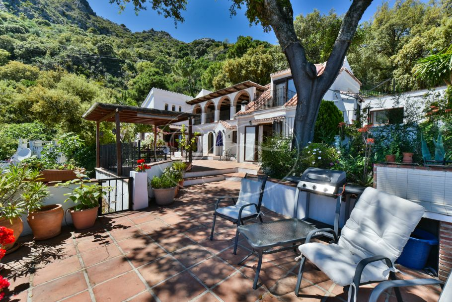 Landhaus mit atemberaubende Blick aufs Mehr, Casares