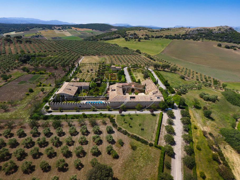 Hacienda, Cortijo, Ronda