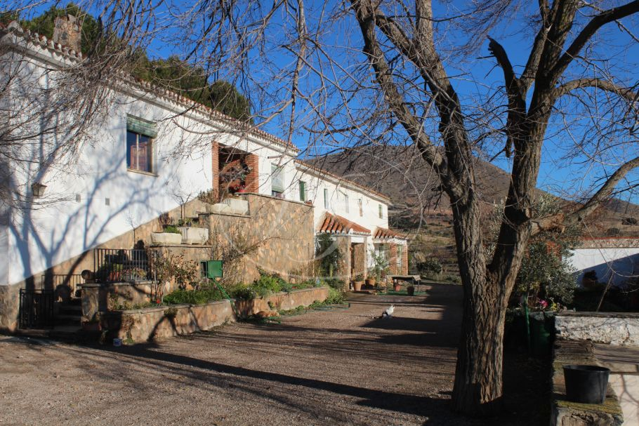 Large Hunting and agricultural estate, Granada