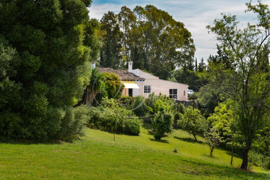 Country Villa with open views, Jimena de La Frontera