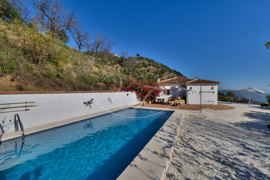 Finca with breathtaking views, Casarabonela
