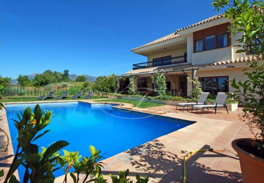 6 bedroom luxury villa with sea views, El Rosario