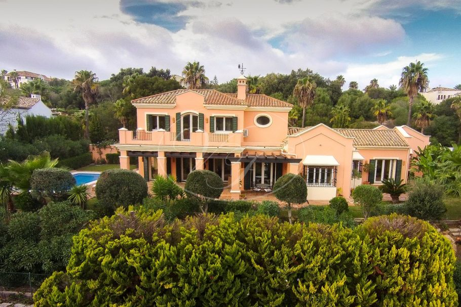 Beautiful villa with golf views , Sotogrande