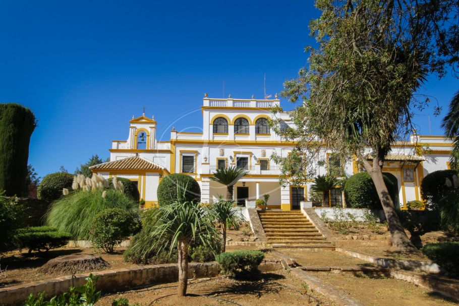 Sensational cortijo, hacienda, large country estate, hunting estate, Seville