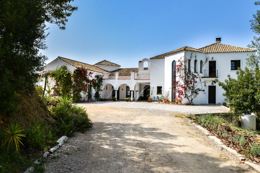 Magnificent Country Villa with Panoramic view, Gaucin
