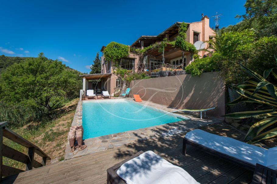 Country House with guest cottage for sale, Gaucin