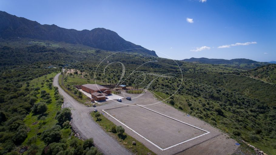 Equestrian property for sale bordering the River Genal, Casares