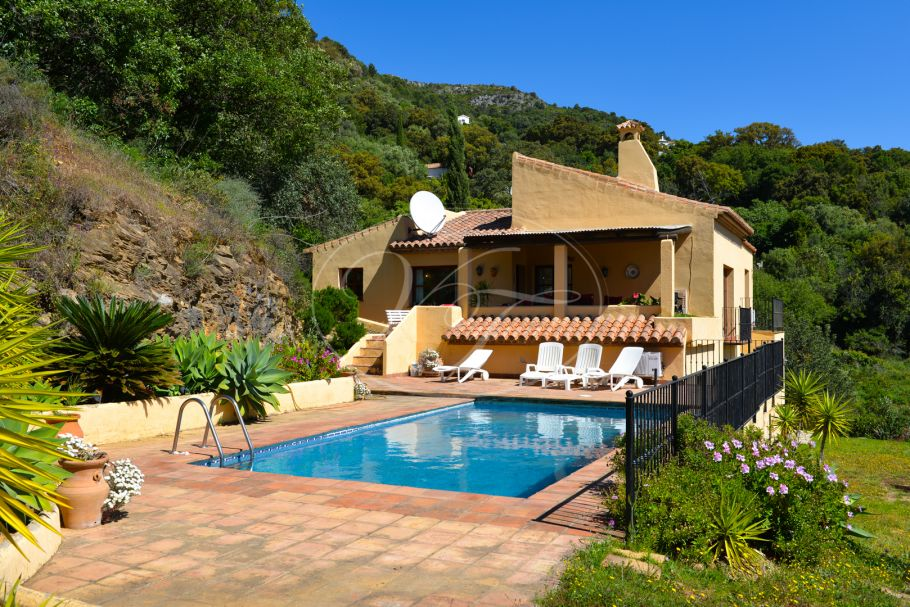 Spacious Luxury Country Villa, Casares