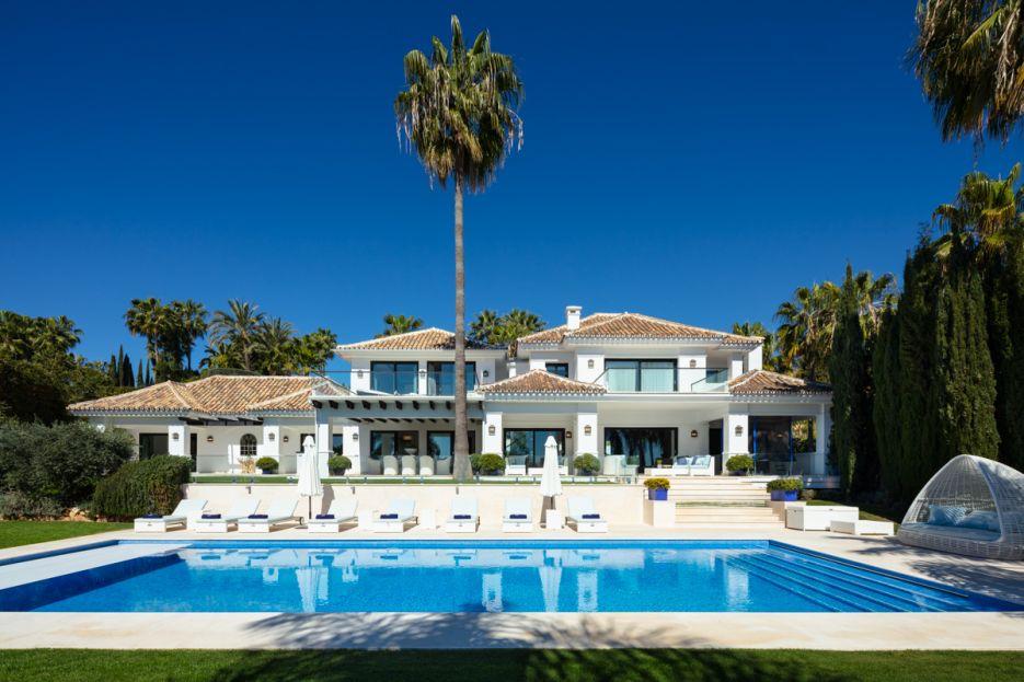 Spectacular villa in the heart of Nueva Andalucía