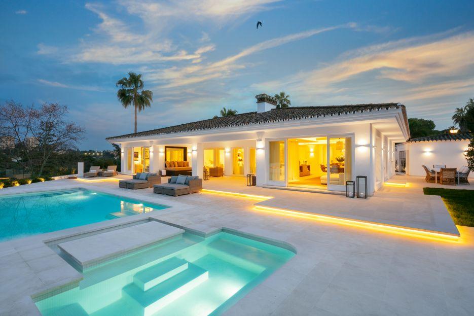Villa Christina - Luxury Villa front line golf Las Brisas