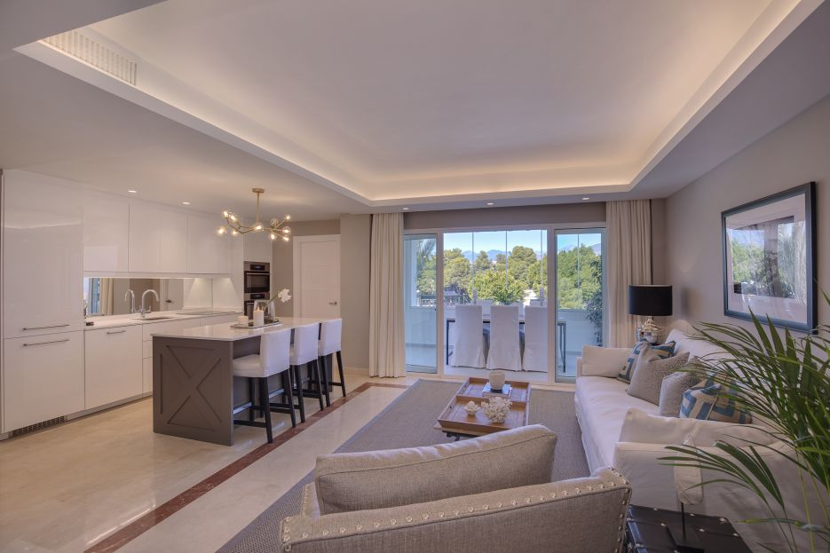 Full renovated 3 bedroom penthouse in Mirador del Rodeo