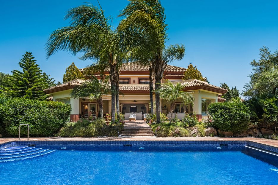 Villa in the luxurious community of Guadalmina Baja