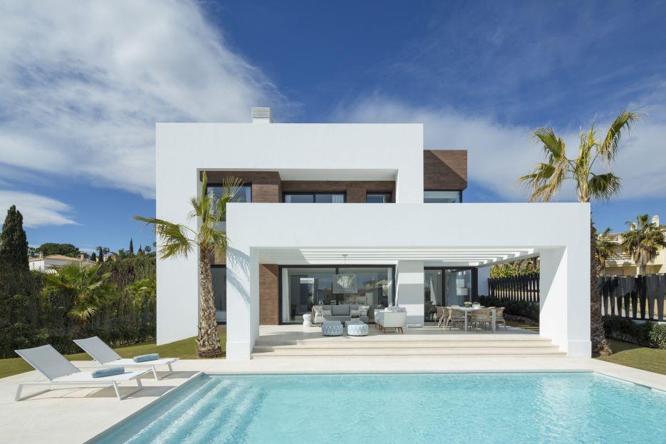 Los Olivos del Paraíso Phase 1 - New villa for sale in El Paraíso, Estepona