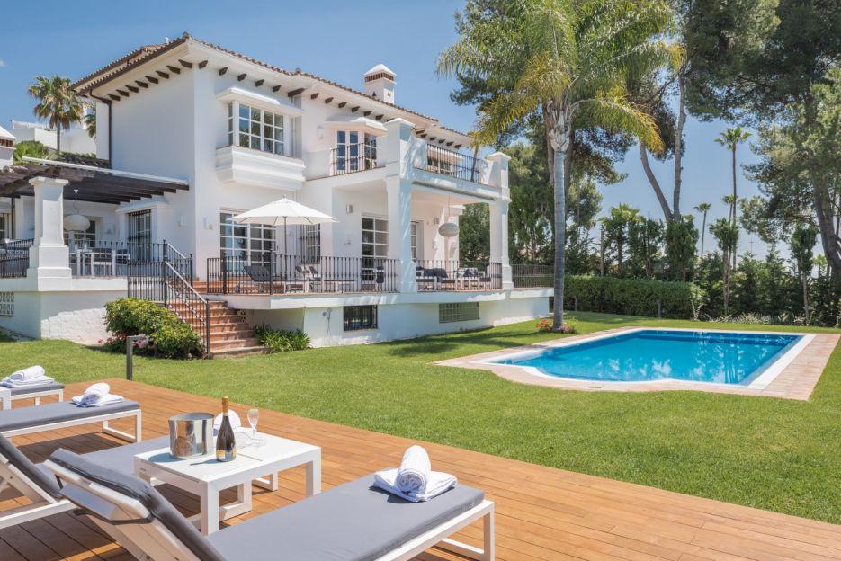 Beautiful rental villa close to all amenities