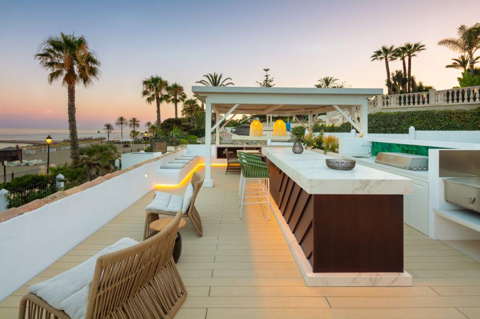 Luxury boutique beach villa for rent