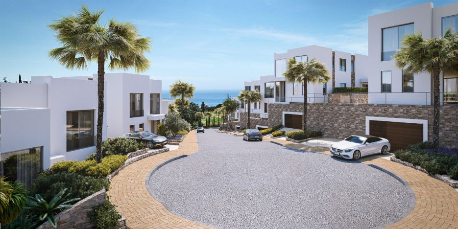 Green Hill is a secure and gated community of just 14 spacious and contemporary homes that command beautiful sea, golf and mountain views.