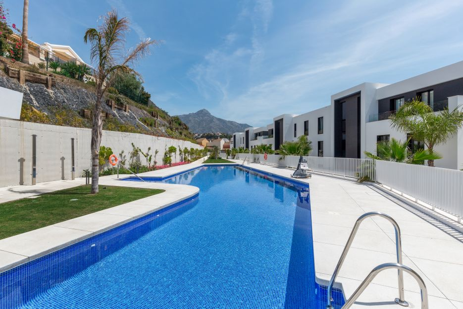 Stunning 3 bed apartment for rent in Nueva Andalucia