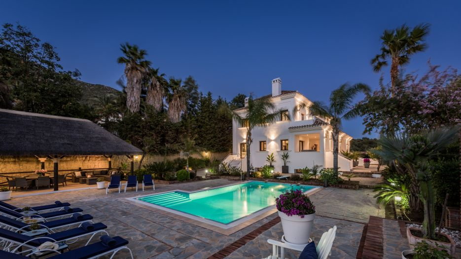 Beautiful villa in Urb. Los Picos, Sierra Blanca