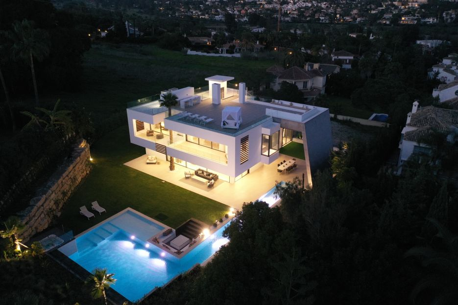 New built villa in Nueva Andalucia