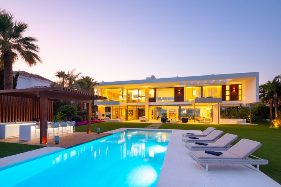 Stunning villa for rent in Nueva Andalucia