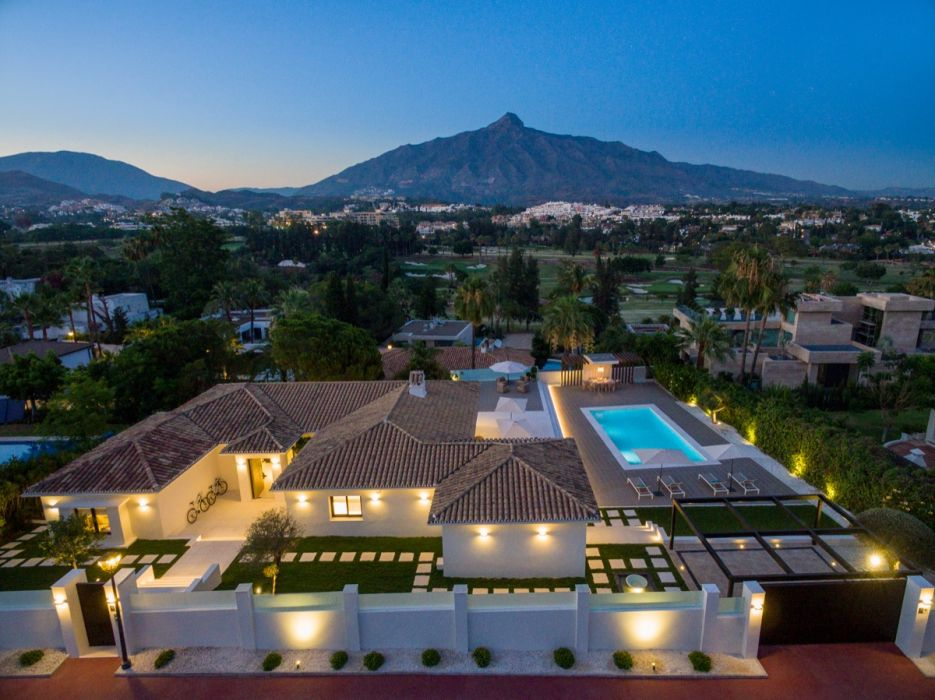 Villa Estella - Beautiful fully renovated villa with La Concha views