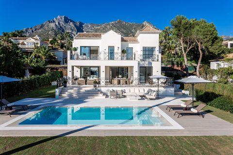 Stunning villa with panoramic views in Sierra Blanca