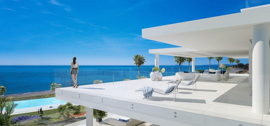 New frontline beach penthouse in Estepona