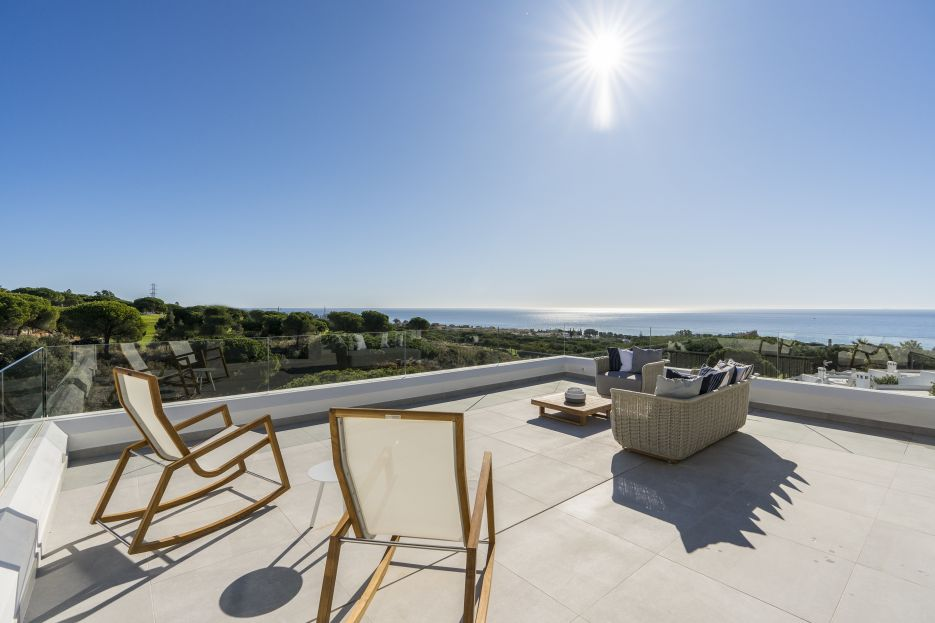 New residencial complex of 23 townhouses & 2 villas in Cabopino
