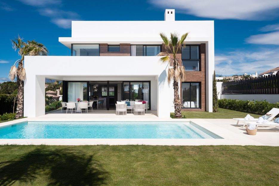 Los Olivos del Paraíso Phase 1 - New contemporary villa for sale in El Paraíso - Estepona