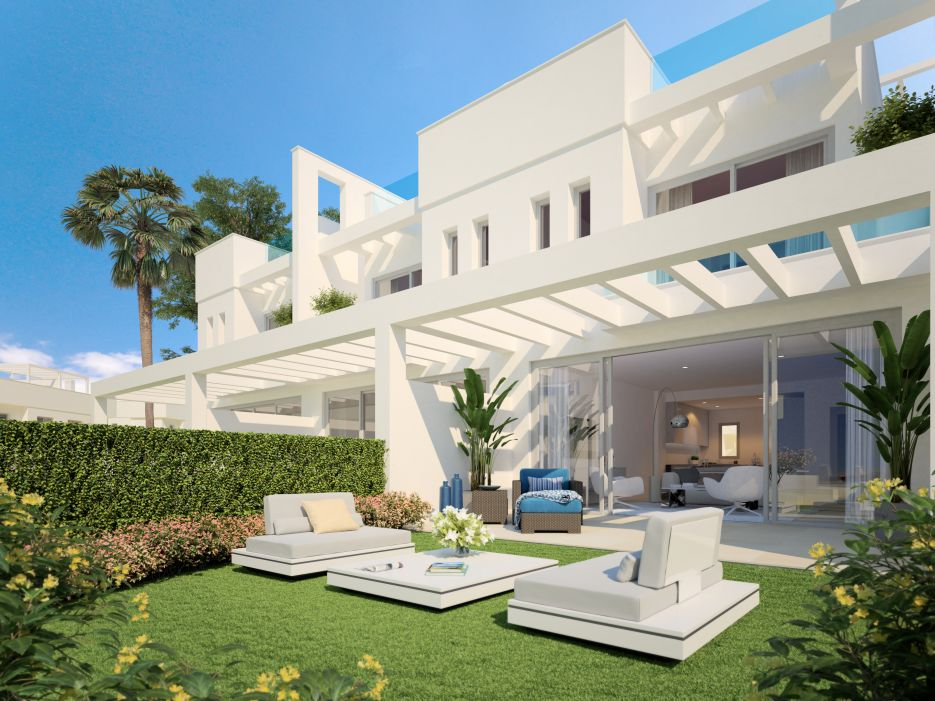 Brand new Townhouses for sale in Calahonda, Mijas Costa