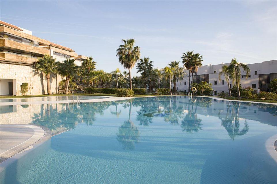 Great Opportunity: Brand new apartments in Urbanización Hoyo 19, Los Flamingos.